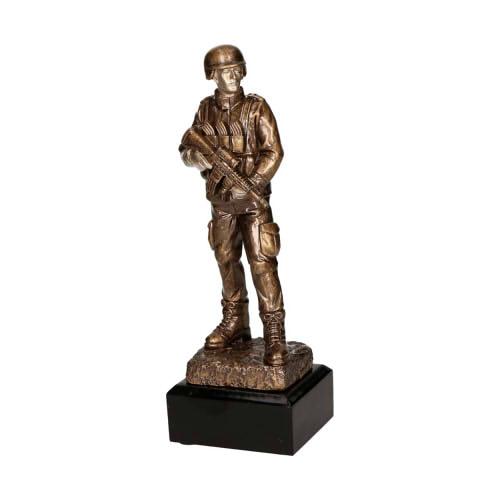 Statuetka odlewana - STRZELECTWO-ŻOŁNIERZ